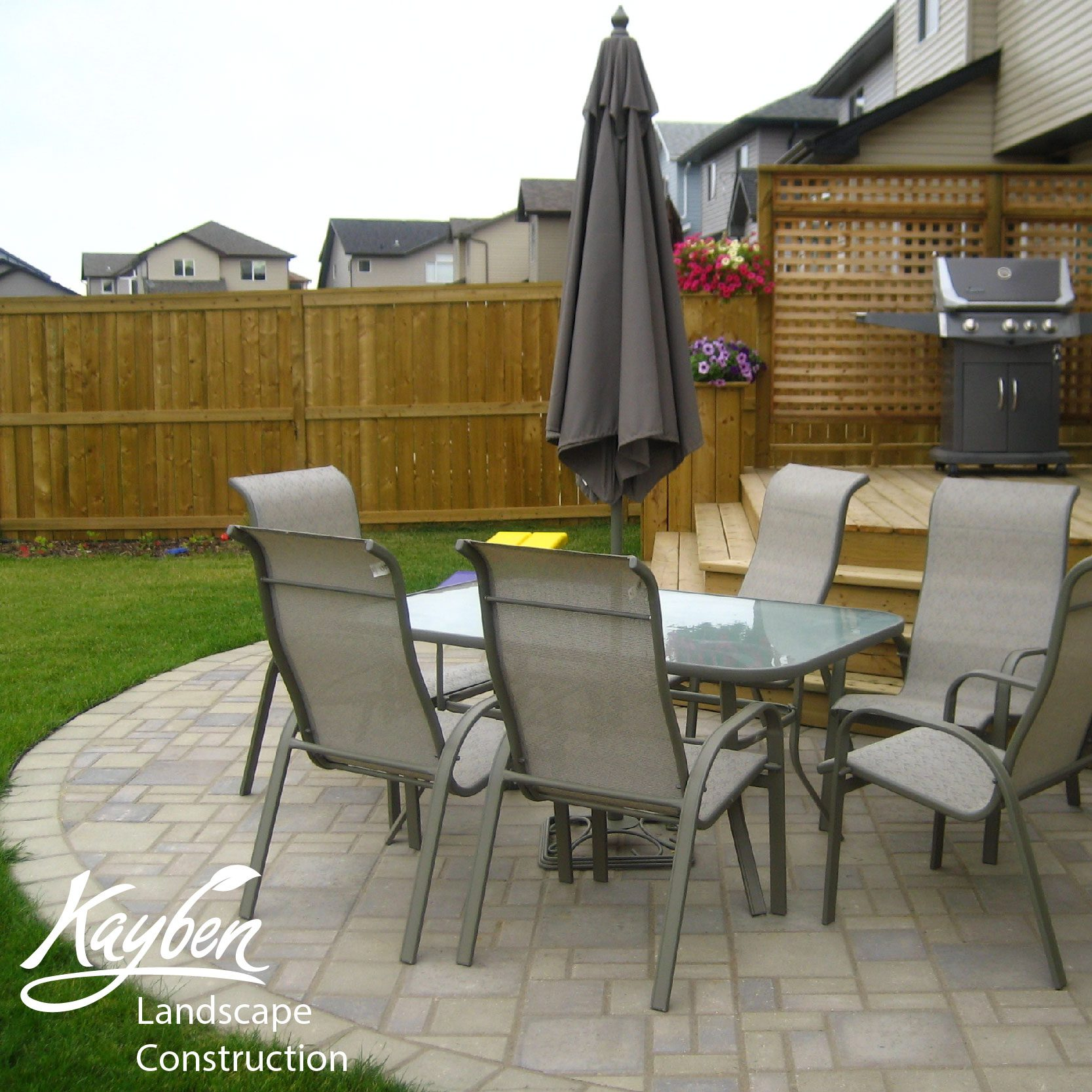 holland pavers seating area-01